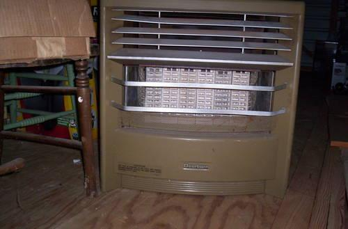 Bargain Dearborn Free Standing Gas Space Heater For Sale