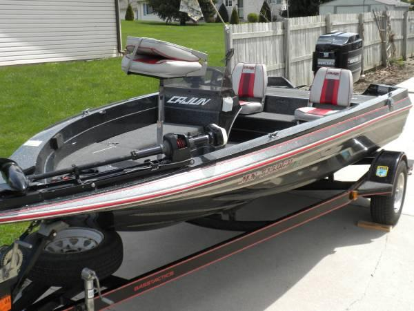 Bass boat fishing for sale in faribault minnesota for Bass pro fishing sale