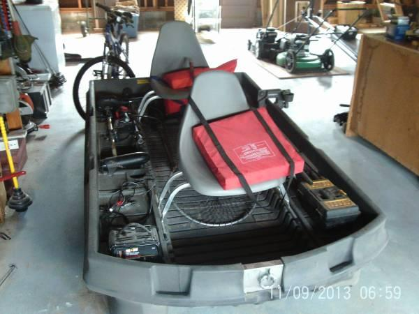 bass hunter 8 ft 39 boat 1 1 2 year old for sale in martinsburg west virginia classified. Black Bedroom Furniture Sets. Home Design Ideas