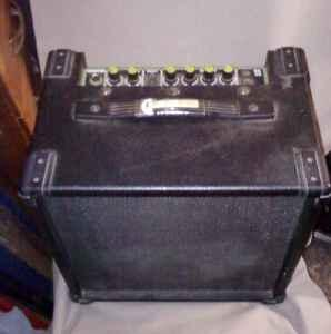bass keyboard guitar combo amp central dayton for sale in dayton ohio classified. Black Bedroom Furniture Sets. Home Design Ideas