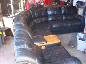 Superb Bassett Black Leather Sectional With Dual Recliners Etown Gmtry Best Dining Table And Chair Ideas Images Gmtryco