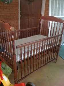 Bassett Cherry Wood Baby Crib Bed Springville Al For