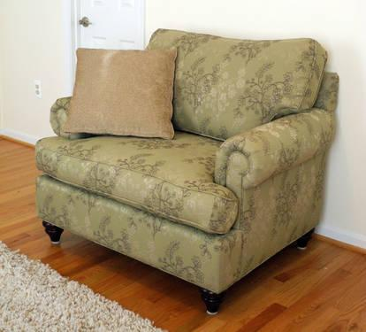 Bassett Custom Uph Townhouse Chair And A Half Loveseat