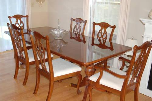 bassett dining room set table chairs china cabinet