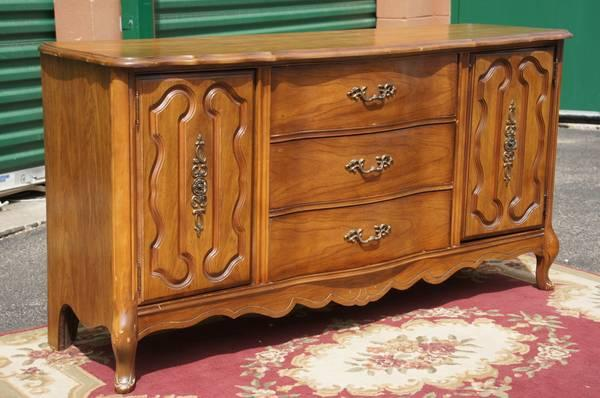 French Provincial Bassett Classifieds   Buy U0026 Sell French Provincial Bassett  Across The USA   AmericanListed