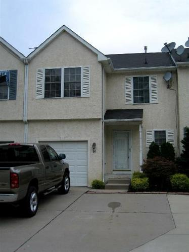 Beautiful 3 Bedroom Townhome Located In Timbercrest For Rent In Sewell New Jersey Classified