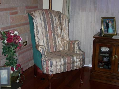 Beautiful 3 Piece Queen Ann Style Furniture For Sale In