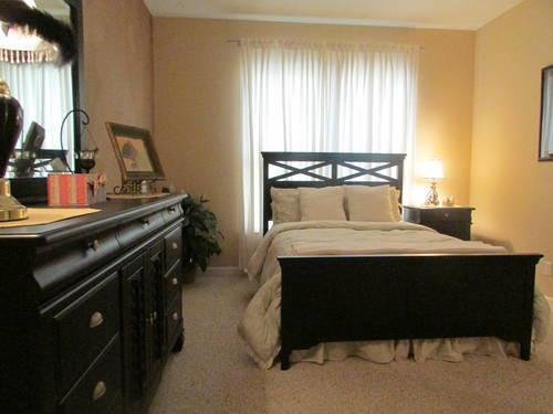 Beautiful Brand New American Signature Black Bedroom Set