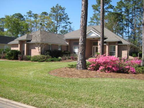 Beautiful brick home in st marys ga located in gated osprey cove for