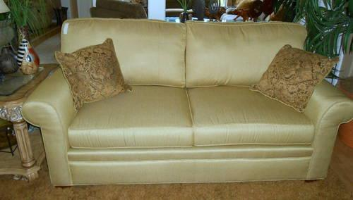 Link Taylor Furniture New And Used Furniture For Sale In The USA   Buy And  Sell Furniture   Classifieds   AmericanListed