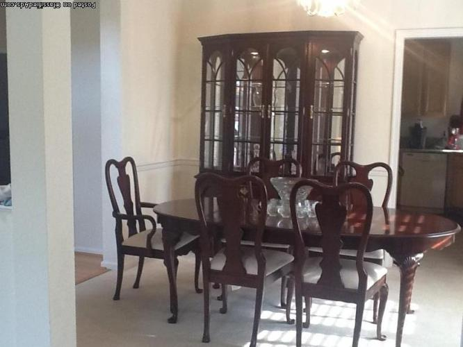 beautiful cherry dining room set excellent condition moving for sale