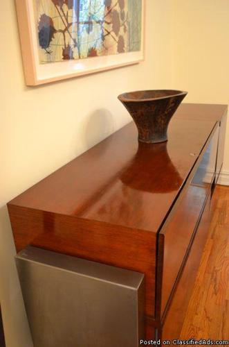 BEAUTIFUL CUSTOM BREAKFRONT CABINET, SOLID WOOD AND