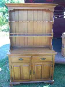 Beautiful Keller Hard Rock Maple China Hutch BEAUTIFUL
