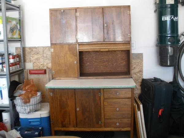 Beautiful kitchen queen hoosier cabinet for sale in for Kitchen queen cabinet