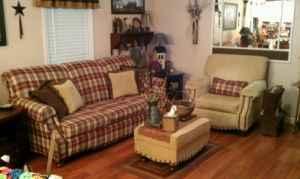 Beautiful Livingroom Suite Primitive Berea Richmond