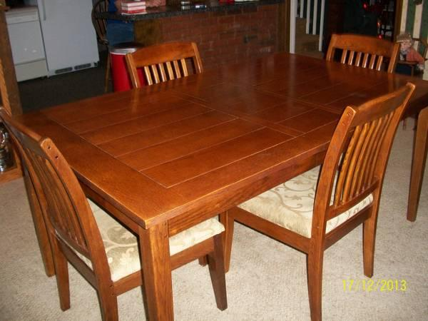 Beautiful Mission Style Dining Room Table 4 Chairs For Sale In Bremen Michigan Classified