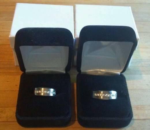 Beautiful New Titanium Wedding Bands wCubic Zirconia - Matching Set - $125