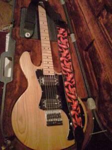 Beautiful Peavey T60 Electric Guitar StraplocksCase  D - $400 Corvallis