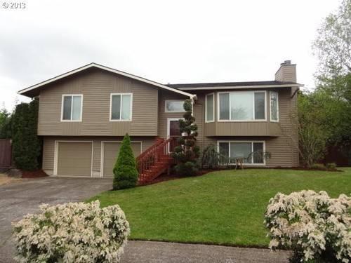 Beautiful split level home for sale in springdale oregon for Split house for sale