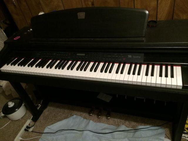 Beautiful Upright Electric Piano For Sale In Auburn Washington