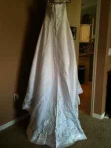 BEAUTIFUL WEDDING DRESS!!! - $200 (Ocala)