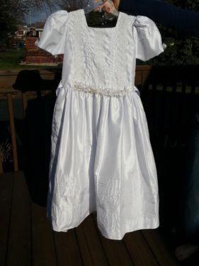 beautiful white dress girls size 12