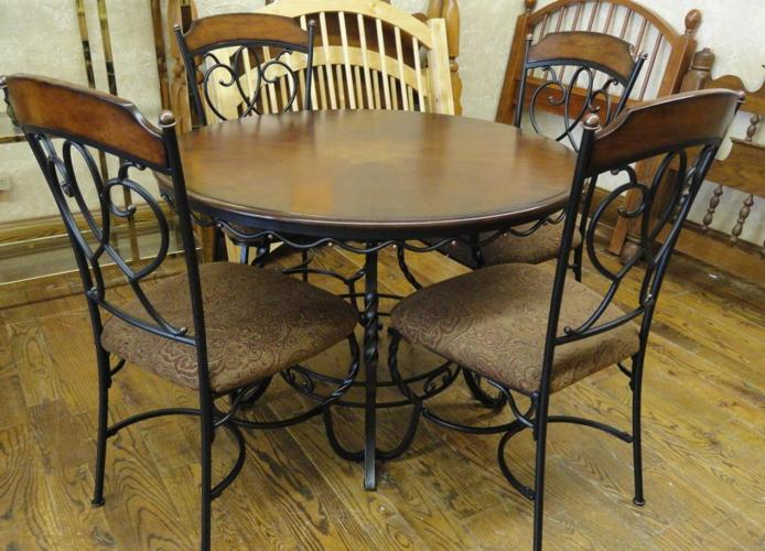 Beautiful Wood Iron Dining Table W 4 Upholstered Chairs