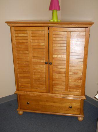 Bedroom Armoire Made By Thomasville   (60/40 Furniture Consignment,  Pensacola For Sale In Mobile, Alabama