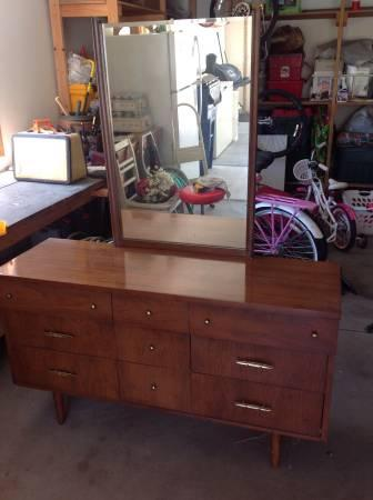 Bedroom dresser set - $75