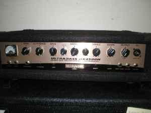 Behringer Ultra Bass Head and Kustom Cabinet - $379 se Indy