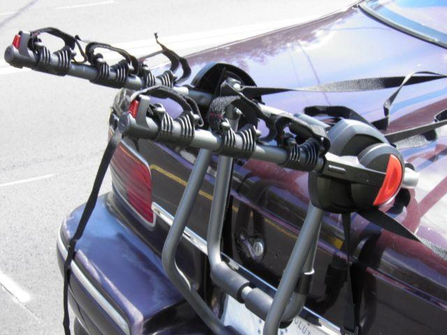 Bell Bike Rack : Bell bicycle rack carries bikes on trunk of car or suv