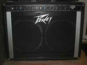BEST OFFER: Peavey Stereo Chorus 400 Amp 2x12