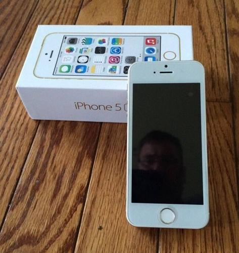 Best price for Apple iPhone 5S 64GB - NEW - ORIGINAL -