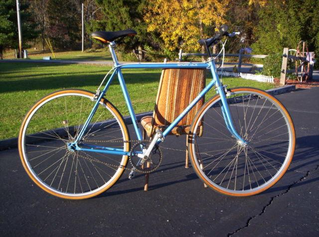 Bicycle, fixed gear, vintage, lugged steel frame
