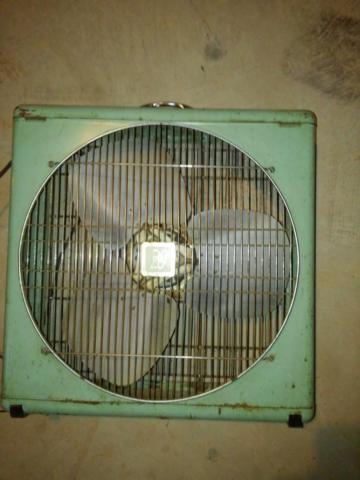 Big 20 Vintage Metal Box Fan 1958 For Sale In Norman