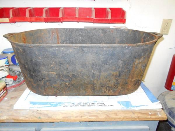 big cast iron pot old for sale in bucks bar california classified. Black Bedroom Furniture Sets. Home Design Ideas