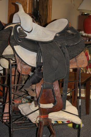 Big Horn Youth Saddle - $300 (Yakima)