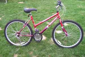 bike raptor quasar girls 26 brand new 15 speed schenectady for sale in albany new. Black Bedroom Furniture Sets. Home Design Ideas