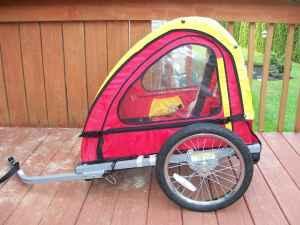 Bike trailer for kids - $50 Leola