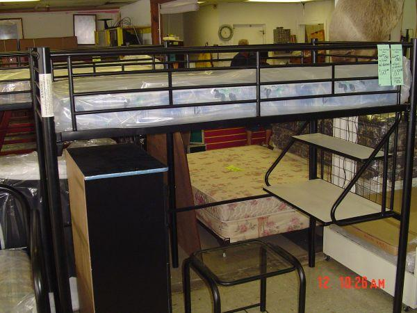 BLACK ALL METAL LOFT BED W MATTRESS TULSA for Sale in
