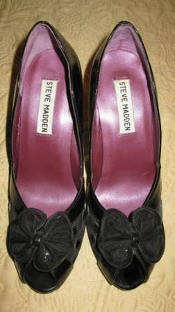 Black Open Pump High Heel Shoes with Bow - $10 Size 6