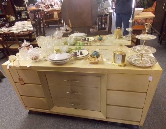 Blonde Mahogany Bedroom Set - 1950\'s - for Sale in Bayard, Ohio ...