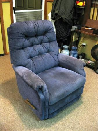 blue lazy boy rocker recliner for sale in ashland oregon classified