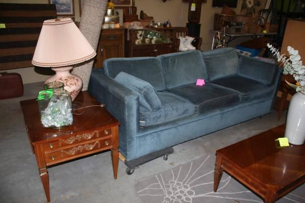 Blue Retro Couch With Hide A Bed For Sale In Visalia California Classified