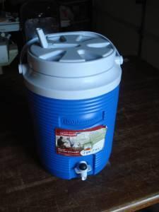 Blue Rubbermaid Cooler - $8 Northwest Decatur, IL
