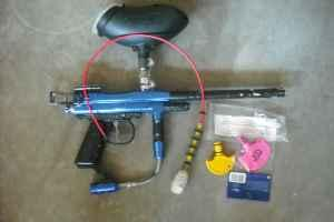 BLUE SPYDER XTRA PAINTBALL GUN - $40 Bend