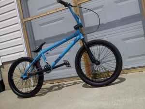 Bmx *2011 Premium solo* A REAL BMX BIKE NOT WALMART BMX ...