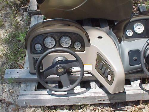 BOAT CONSOLE CAP WITH GUAGES, SWITCHES, & STEERING for Sale in Doss, Missouri Classified ...