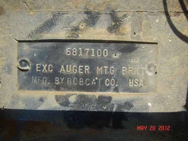 Bobcat Auger Adapter - $325 (Titusville)