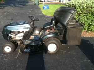 Bolens Riding LawnTractor - $550 (West Ashley)
